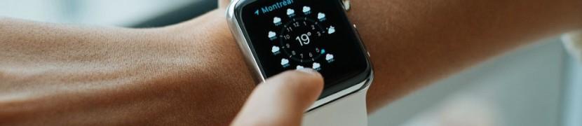 smart-watch-821557_1280-1024x683